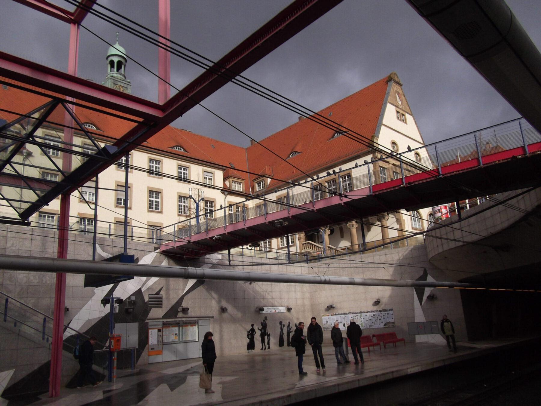 U-Bahnhaltestelle am Rathaus